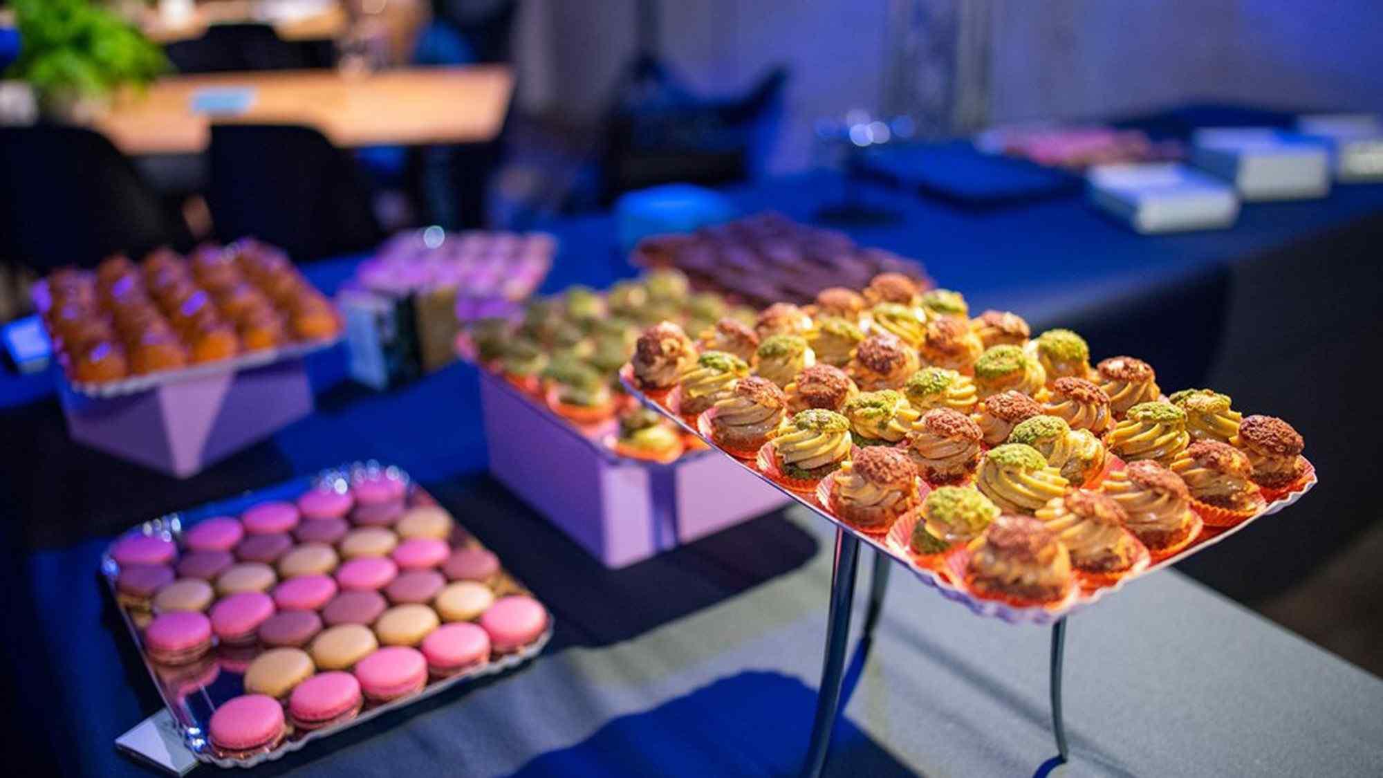 grand buffet dessert